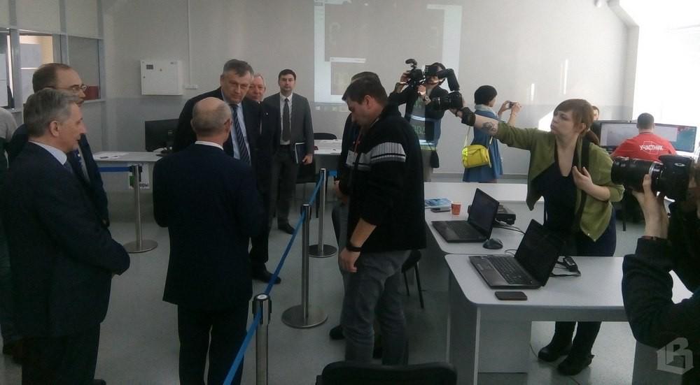 Губернатор Ленобласти Александр Дрозденко посетил Кировский политехнический техникум