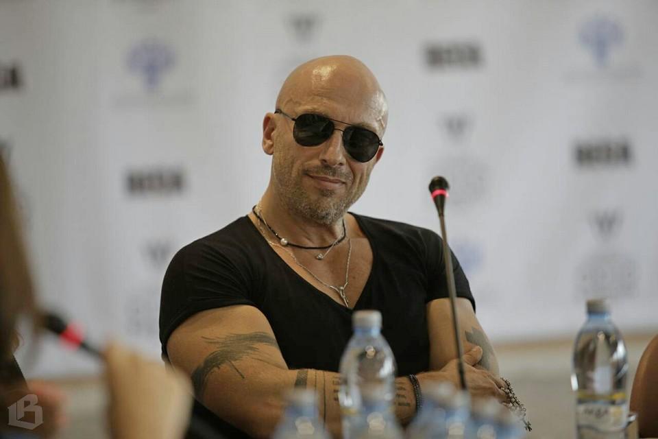 Дмитрий Нагиев на пресс-брифинге в Выборге