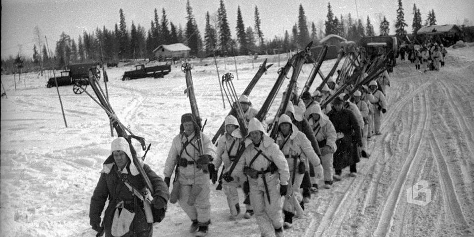 Лыжный батальон отправляется на передовые позиции