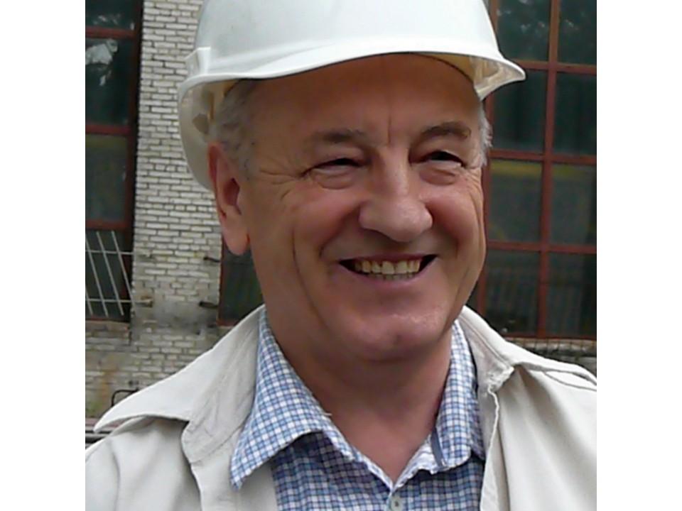 Анатолий Мануйлов четверть века возглавлял