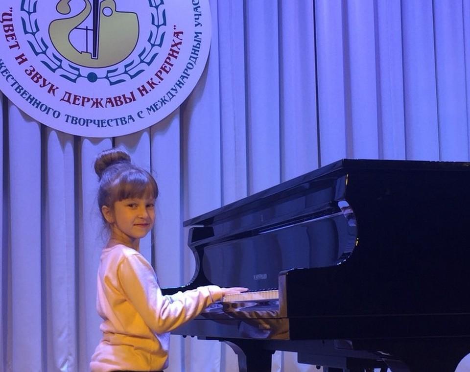 Милана Калюжная на конкурсе в Волосово
