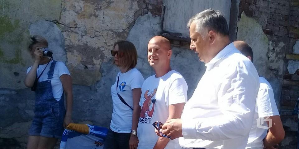 Александр Дрозденко с блогерами проекта