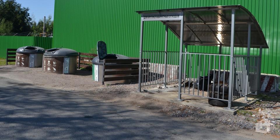 10 контейнерных площадок для разделения мусора появилось в поселке