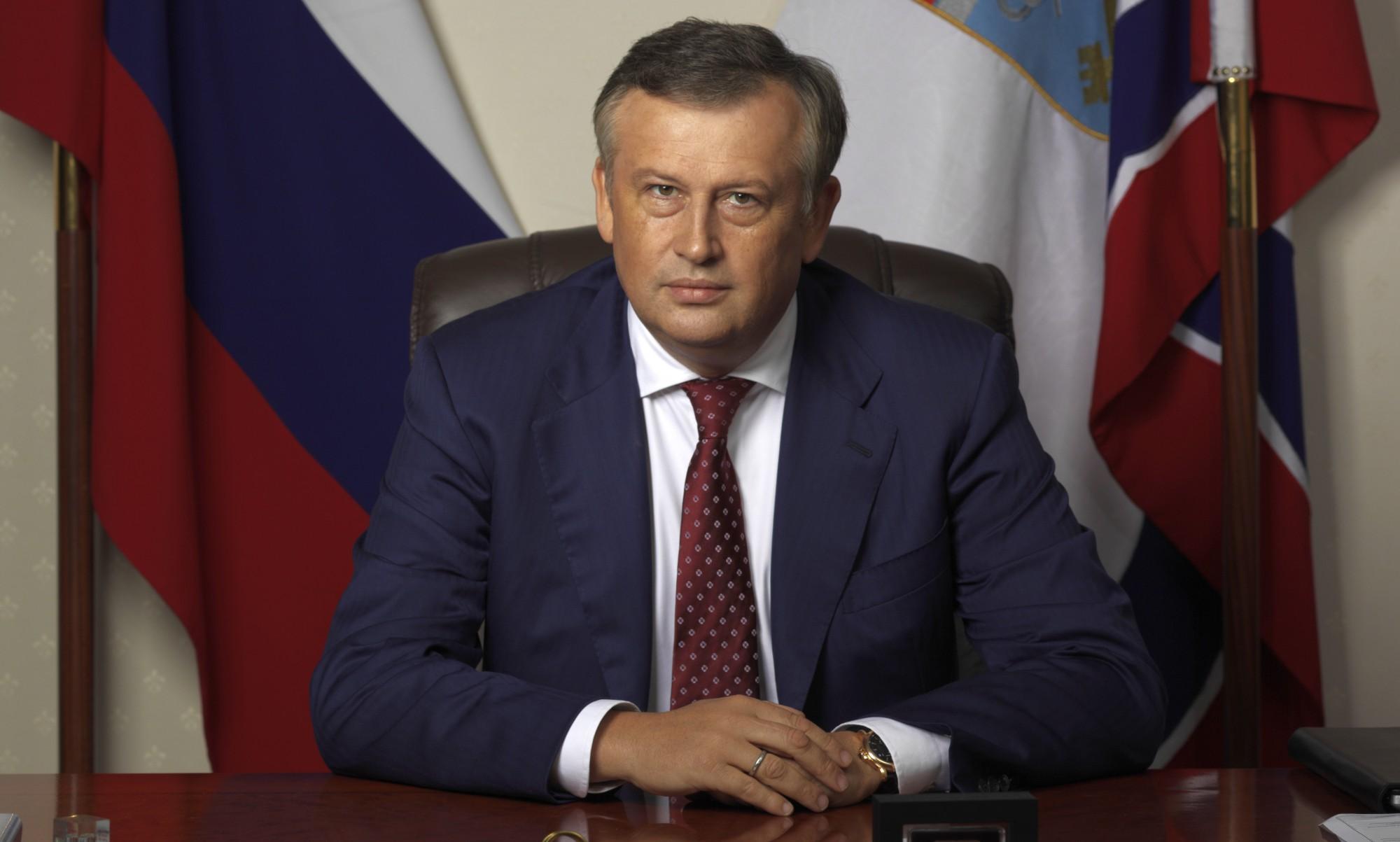 Егор Борисов поздравляет соСветлым Христовым Воскресением